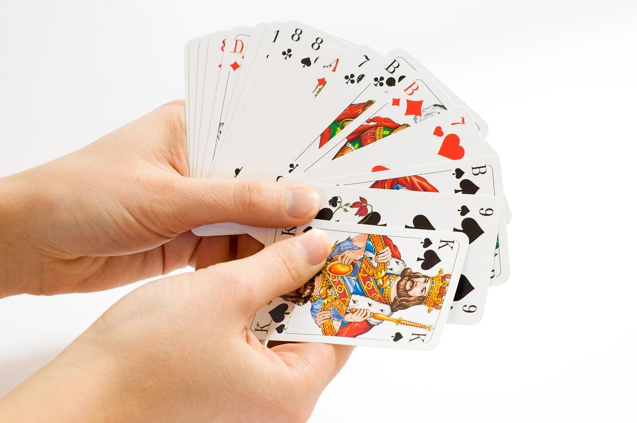 意外と知らない、ポーカーの英語表現いろいろ。使えば英語の幅が広がります!